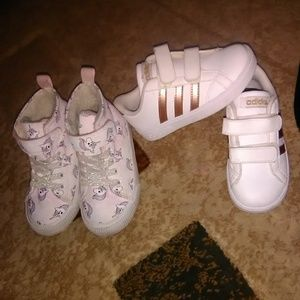 5 pairs shoes + Boots size 8 toddlers!